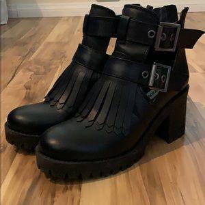 Steve Madden Tullia Black Leather Ankle Boots